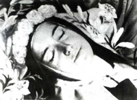St Therese of Lisieux Biography, Quotes, Novena, Miracles, Saint